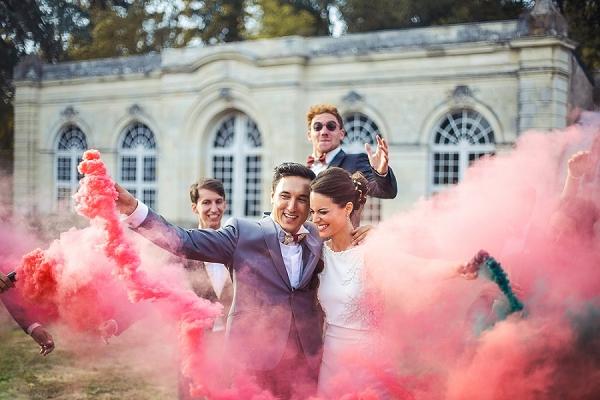 smoke-bomb-wedding-photo-ideas