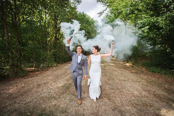 smoke-bomb-wedding