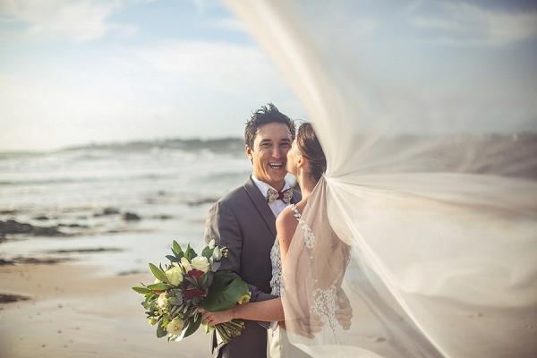 stunning-beach-wedding-photo