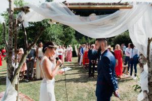 Cérémonie laïque bilingue en Normandie par D Day Wedding Planner
