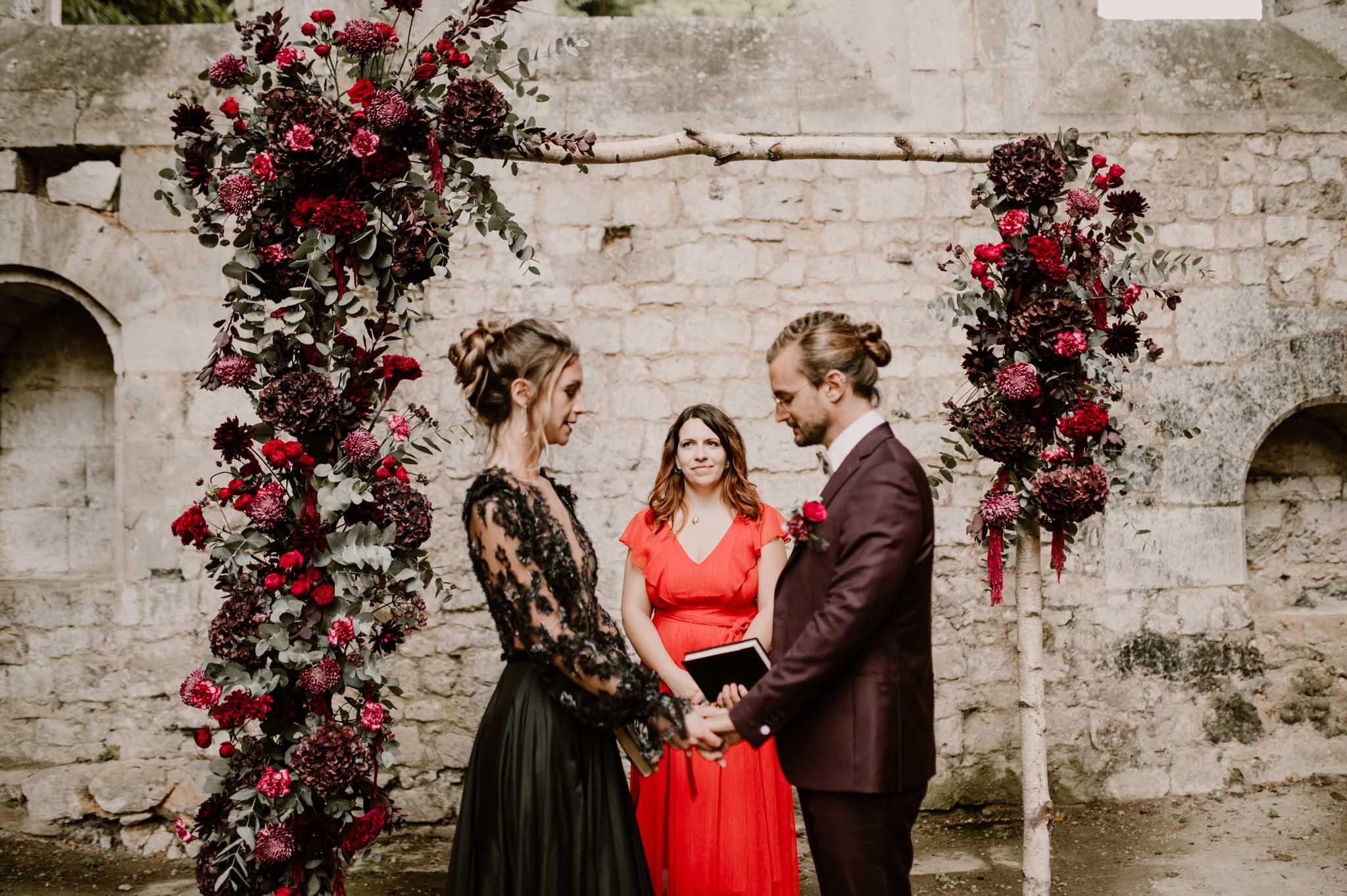 cérémonie laïquelaïque d'automne en Normandie par D Day Wedding Planner Normandie