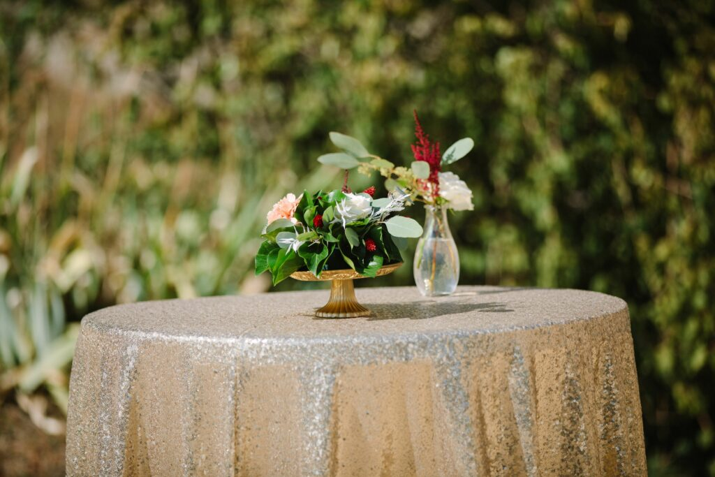 DECORATION MARIAGE OR ET BORDEAUX WEDDING PLANNER LYON