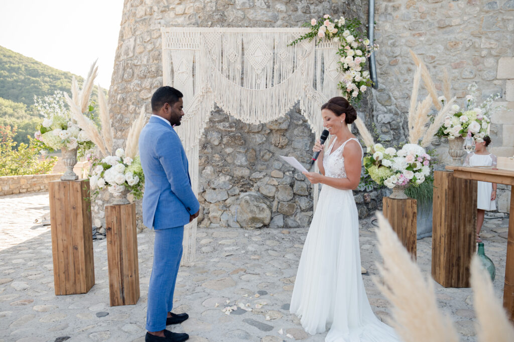 arche macramé ceremonie laique officiante de ceremonie ardeche wedding planner d day organisation mariage