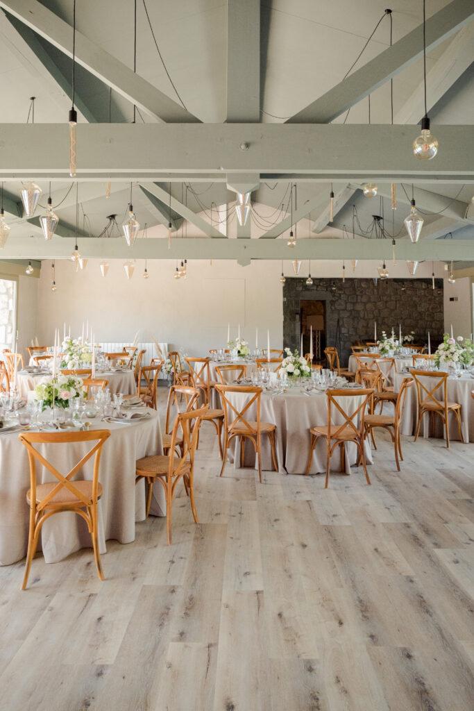 chaise saint remy en bois mariage mariage boheme drome wedding planner d day organisation mariage