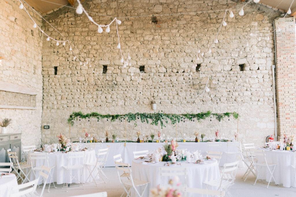 table des mariés vegetal suspension mariage en drome wedding planner drome provencal