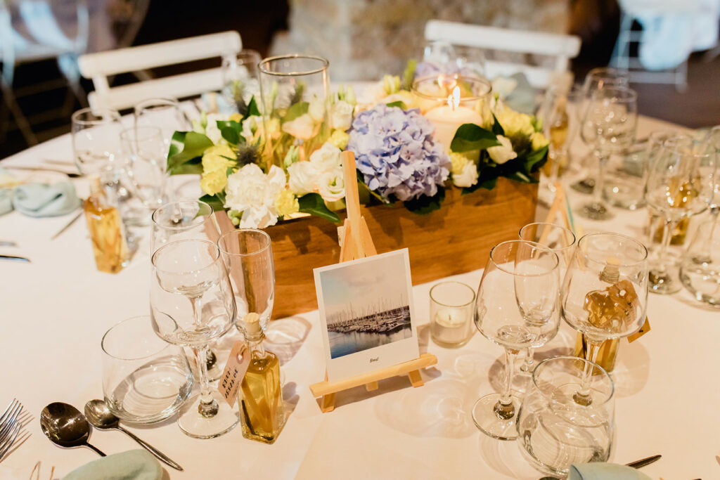 mariage jaune et bleu mariage beaujolais organisation de mariage lyon wedding planner lyon mariage beaujolais