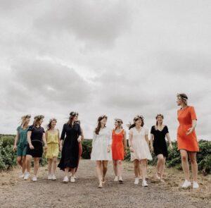 Votre EVJF en Champagne/Lorraine : Séance photo pour EVJF dans les vignes